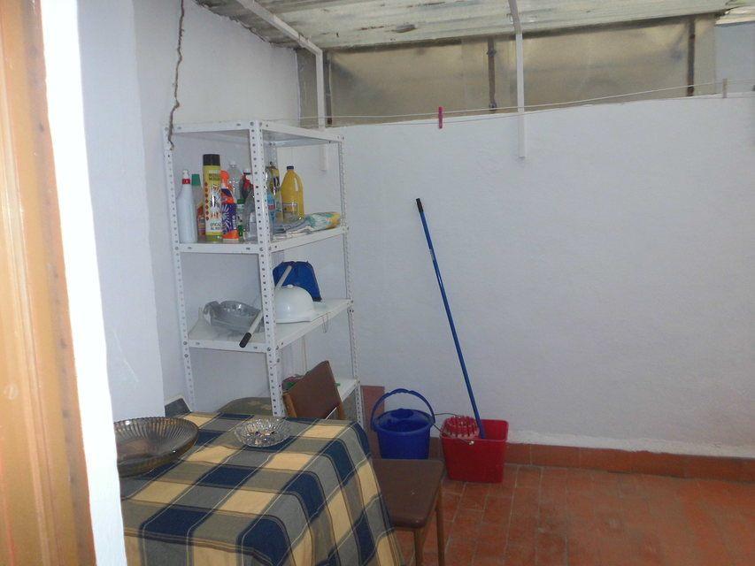 Piso-con-un-patio-bonito-en-la-zona-de-Santa-Rosa-habitacion3