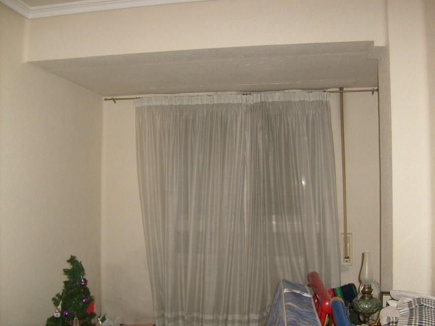 Piso-en-venta-con-2-balcones-y-galería-en-la-zona-de-Santa-Rosa-habitacion4