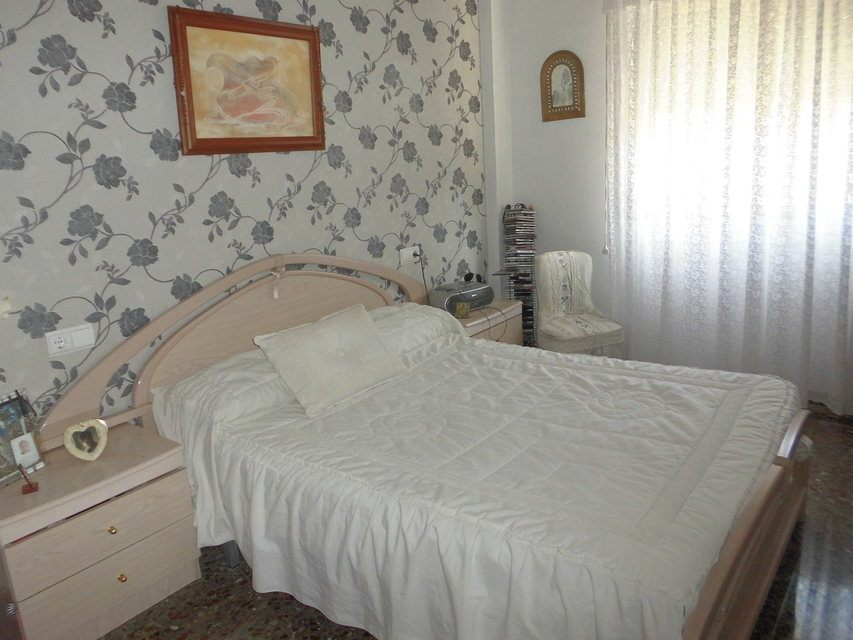 Piso en venta con 3 habitaciones y balcón Zona Alta-habitacion2
