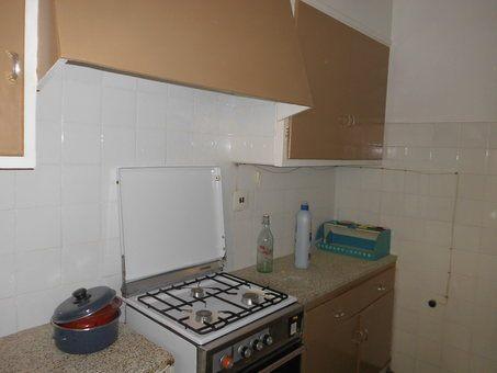 Piso en venta con balcón para reformar en Zona Norte-cocina 2
