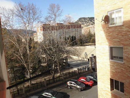 Piso en venta con balcón para reformar en Zona Norte-vistas 7