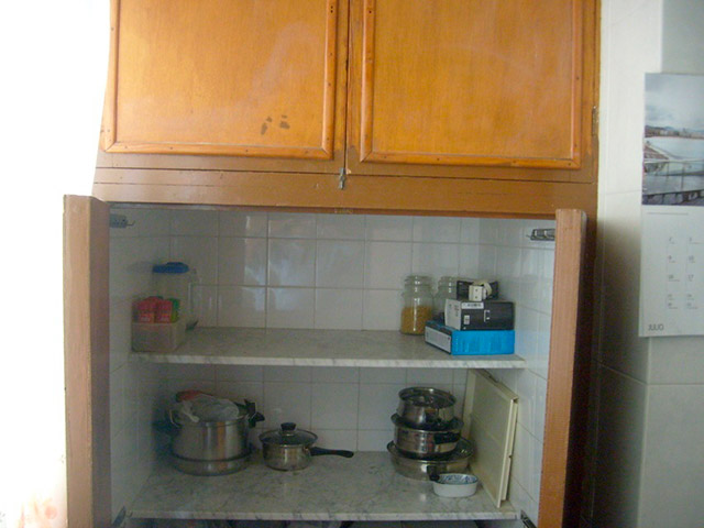 Piso en venta con buenas condiciones en la zona Santa Rosa-cocina 3