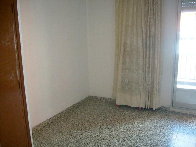 Piso en venta con buenas condiciones en la zona Santa Rosa-habitacion 2