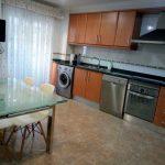 Piso en venta con cocina muy amplia en Zona Alta-cocina