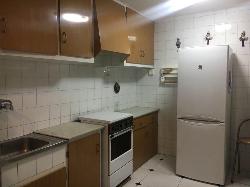 Piso en venta con una amplia galería Zona Centro-cocina