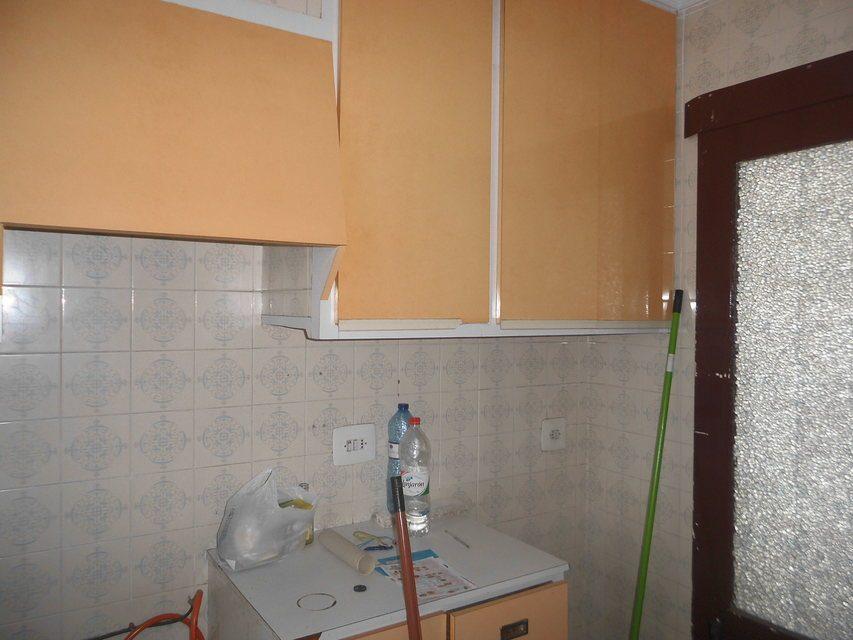 Piso en venta de 3 habitaciones con galería en Zona Norte-cocina