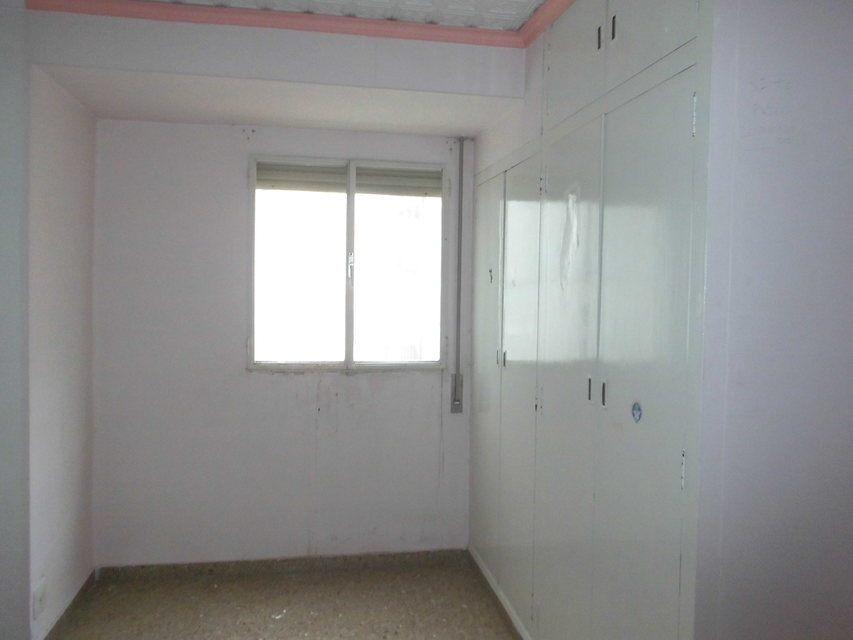Piso en venta de 3 habitaciones con galería en Zona Norte-habitacion 4