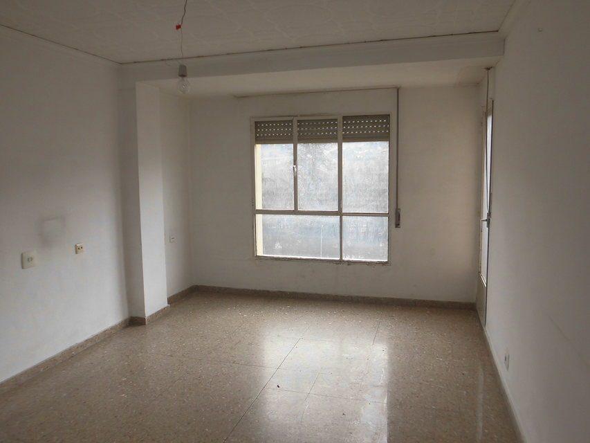 Piso en venta de 3 habitaciones con galería en Zona Norte-habitacion