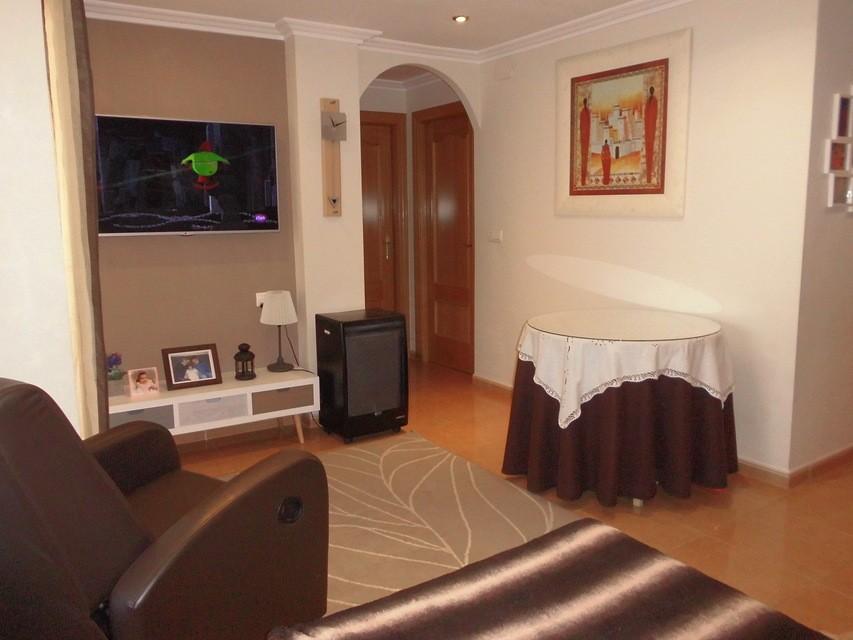 Piso-en-venta-totalmente-interior-y-reformado-en-Santa-Rosa-salon-comedor1