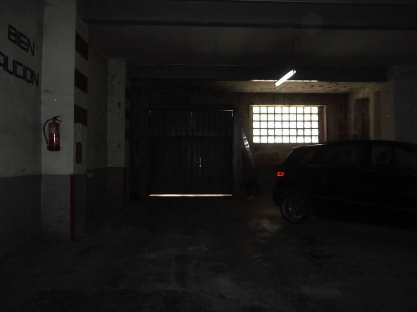 Piso espacioso con garaje en la Zona Alta-garaje