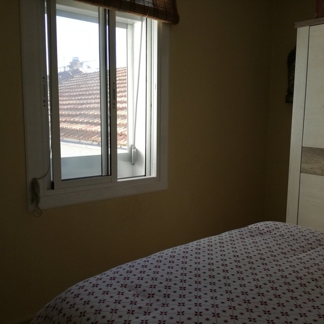 Piso minimalista en Ensanche-habitacion