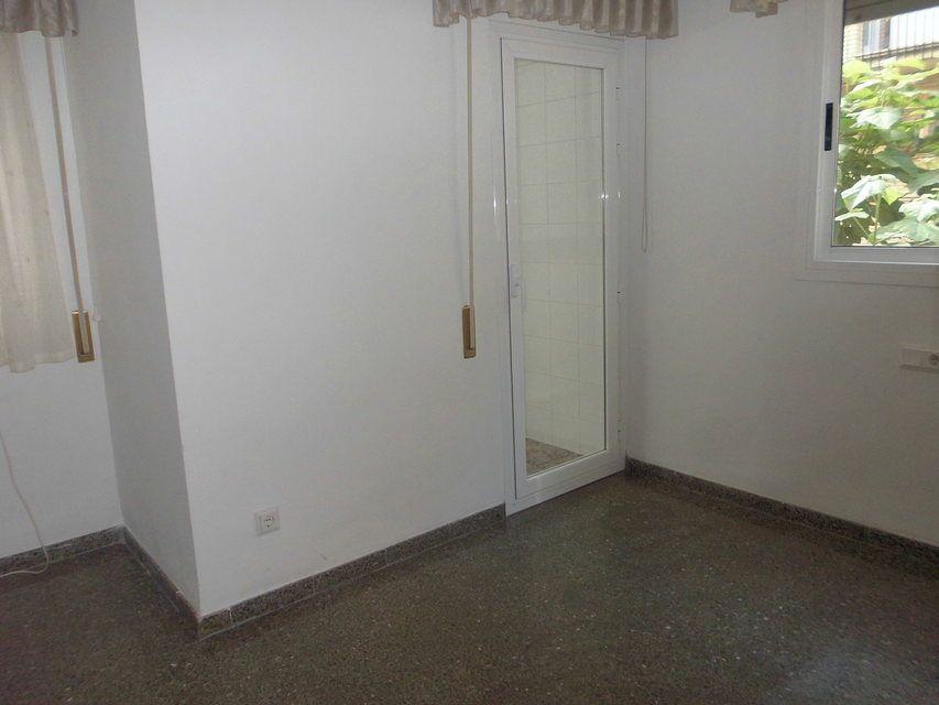 Piso-muy-bonito-en-venta-con-3-habitaciones-en-Santa-Rosa-habit3