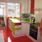 Piso-muy-bonito-en-venta-con-plaza-de-garaje-en-Santa-Rosa-cocina