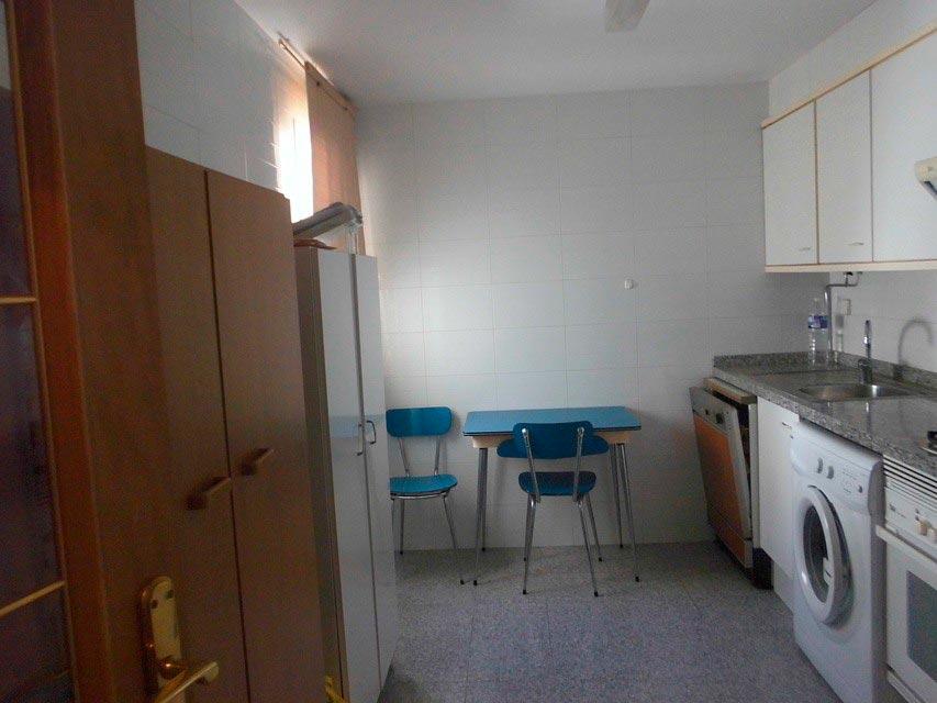 Piso muy espacioso en la Zona Centro-cocina 2