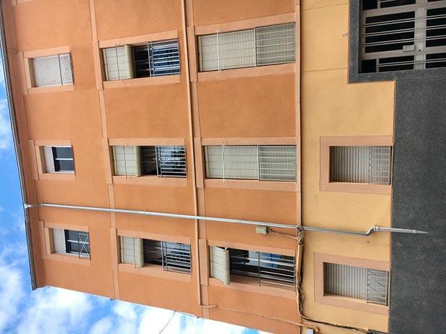 Piso muy luminoso y soleado ideal Zona Alta-fachada