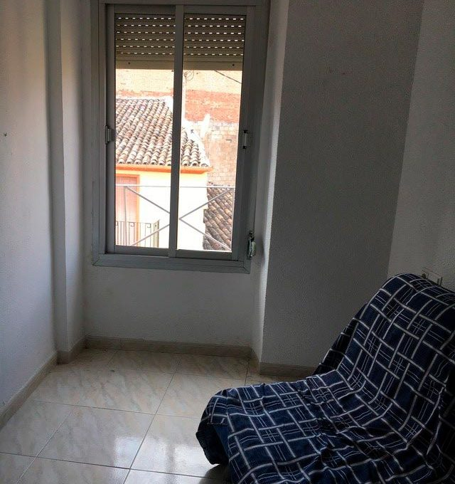 Piso muy luminoso y soleado ideal Zona Alta-salon