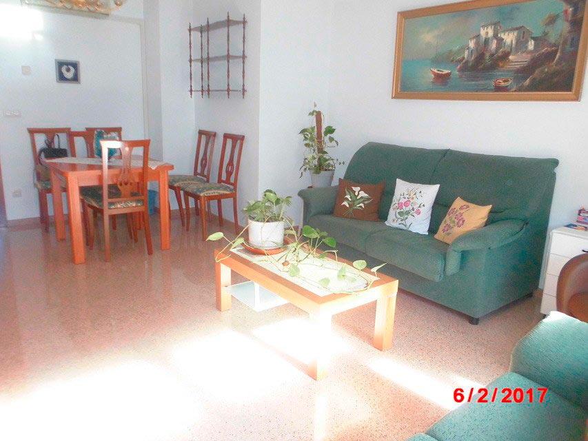 Piso muy soleado con 3 habitaciones en la Zona Alta-salon 2
