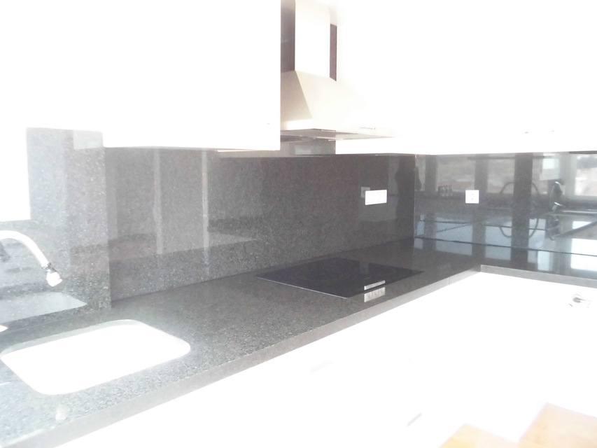 Piso nuevo y luminoso en Ensanche-cocina 4