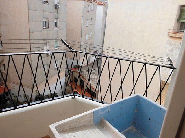 Piso para reformar completamente en Santa Rosa-balcon