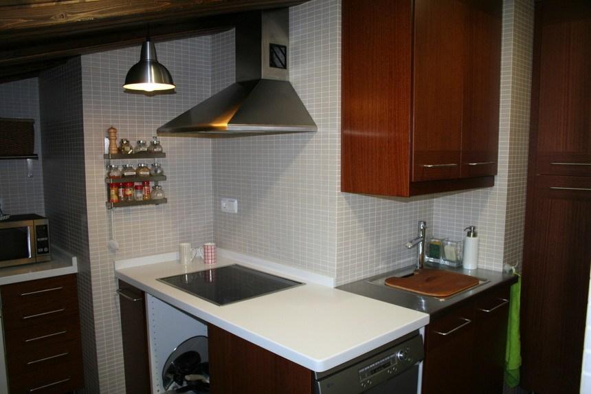 Piso-semi-amueblado-en-zona-Ensanche-cocina