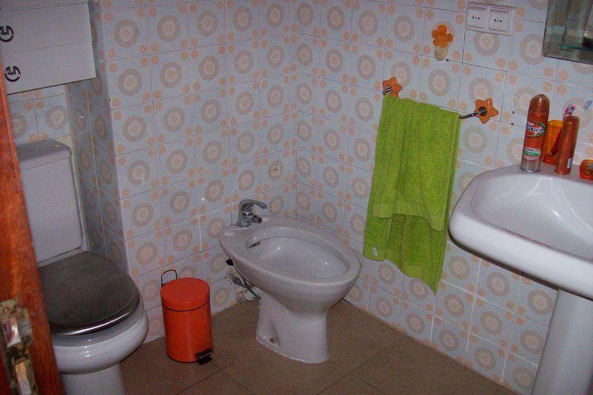 Piso-todo-exterior-con-4-dormitorios-en-Santa-Rosa.-abno1