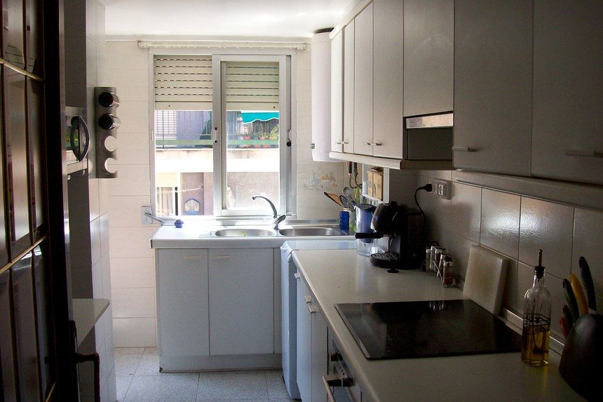 Piso-todo-exterior-con-4-dormitorios-en-Santa-Rosa.-cocina1