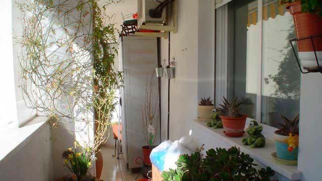 SE VENDE BONITO PISO EN EL CENTRO DE ALCOY-balcon