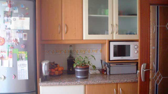 SE VENDE BONITO PISO EN EL CENTRO DE ALCOY-cocina2