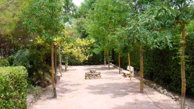 SE VENDE CHALET EN URBANIZACIÓN MONTESOL-jardin