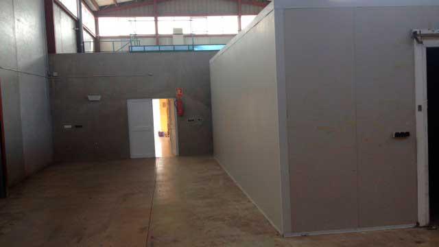 SE VENDE NAVE INDUSTRIAL EN BENEIXAMA -interior