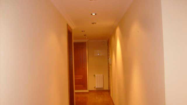 SE VENDE PISO DE 124 m² EN EL CENTRO DE ALCOY-pasillo