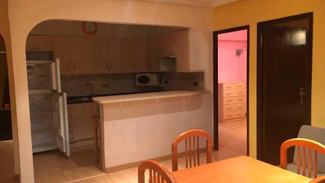 SE VENDE PISO REFORMADO CON PLAZA DE GARAJE EN SANTA ROSA, ALCOY-cocina