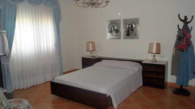 SE VENDE PRECIOSA CASA DE CAMPO ALCOY-dormitorio