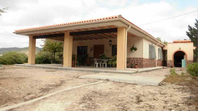 SE VENDE PRECIOSA CASA DE CAMPO ALCOY-home