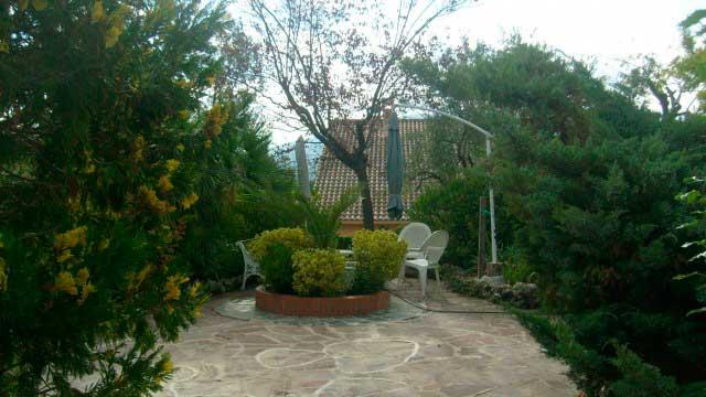 SE VENDE PRECIOSO CHALET EN GORMAIG-jardin