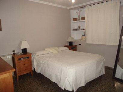 Se-vende-en-zona-centro-piso-con-salon-comedor-con-bomba-de-calor-Dormitorio