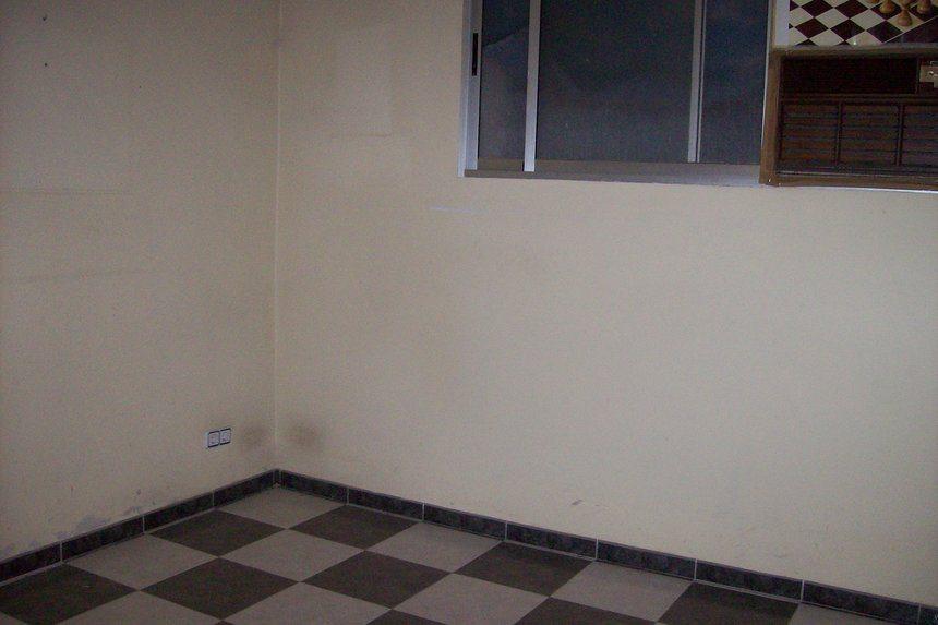 Se-vende-local-diáfano-en-ensanche-despacho