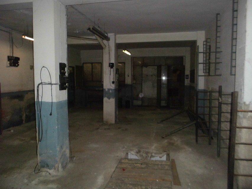 Se-vende-local-en-la-Zona-Norte-interior-2 (1)