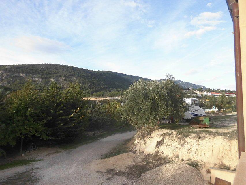 Se-vende-masía-rural-en-Alcoy-camino