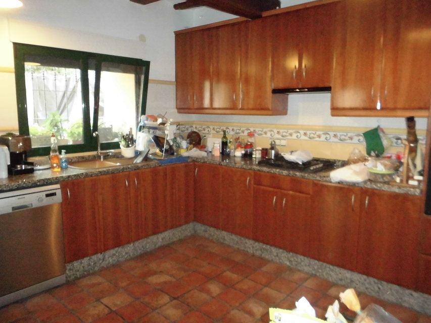 Se-vende-masía-rural-en-Alcoy-cocina