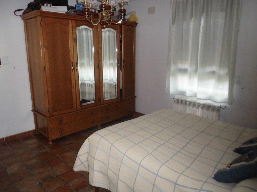 Se-vende-masía-rural-en-Alcoy-dormitorio