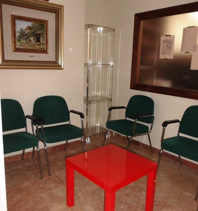 Se-vende-oficinas-en-Ensanche-sala