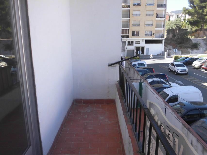 Se vende piso acogedor con balcones en la Zona Alta-balcon