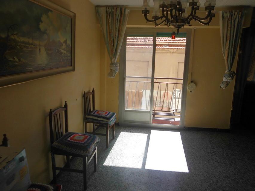 Se vende piso acogedor con balcones en la Zona Alta-habitacion 4