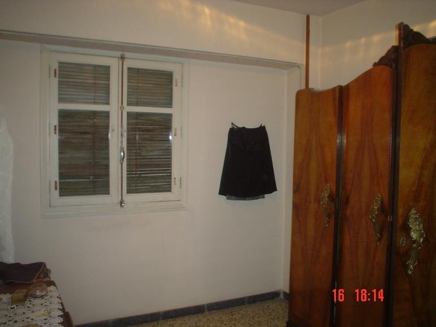 Se vende piso amplio en calle cronista remigio vicedo-habitacion 2
