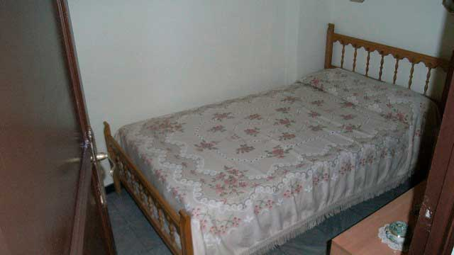 Se vende piso barato sin reformar en Santa Rosa-habitacion
