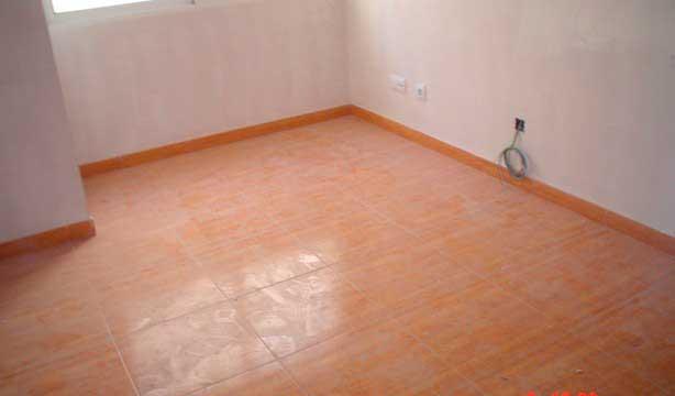 Se vende piso céntrico recién reformado en Alcoy-balcon