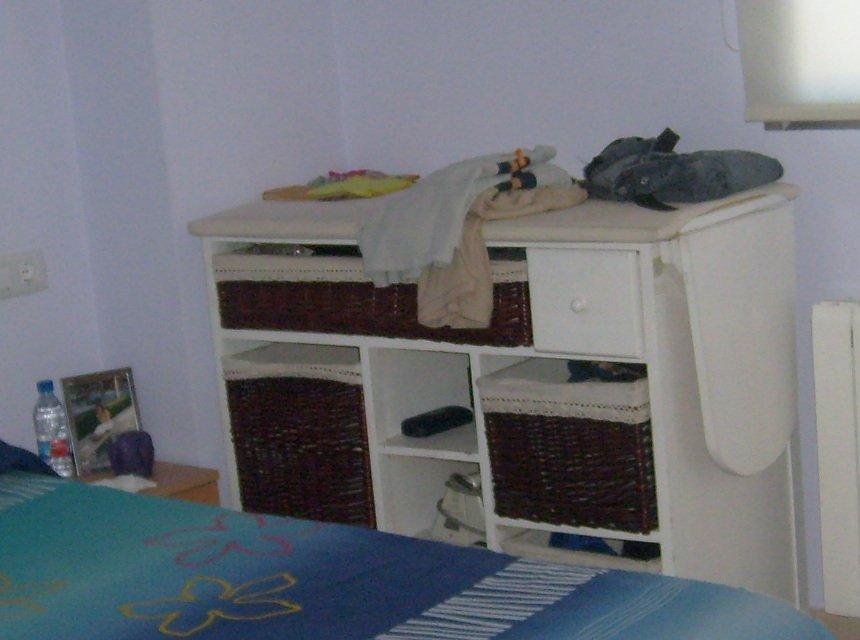 Se vende piso con 3 habitaciones dobles en Zona Alta.-habitacion1