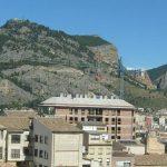 Se vende piso con 3 habitaciones dobles en Zona Alta.-vistas