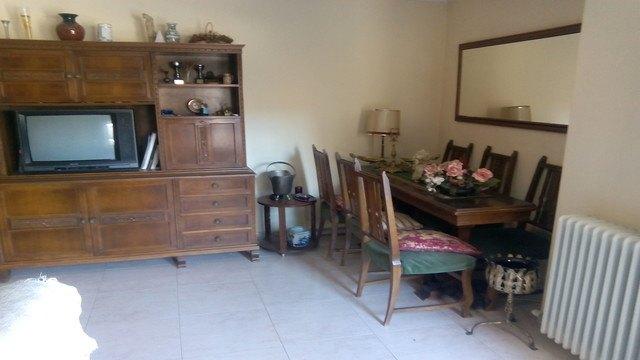 Se vende piso con 3 habitaciones en zona centro-salon 3